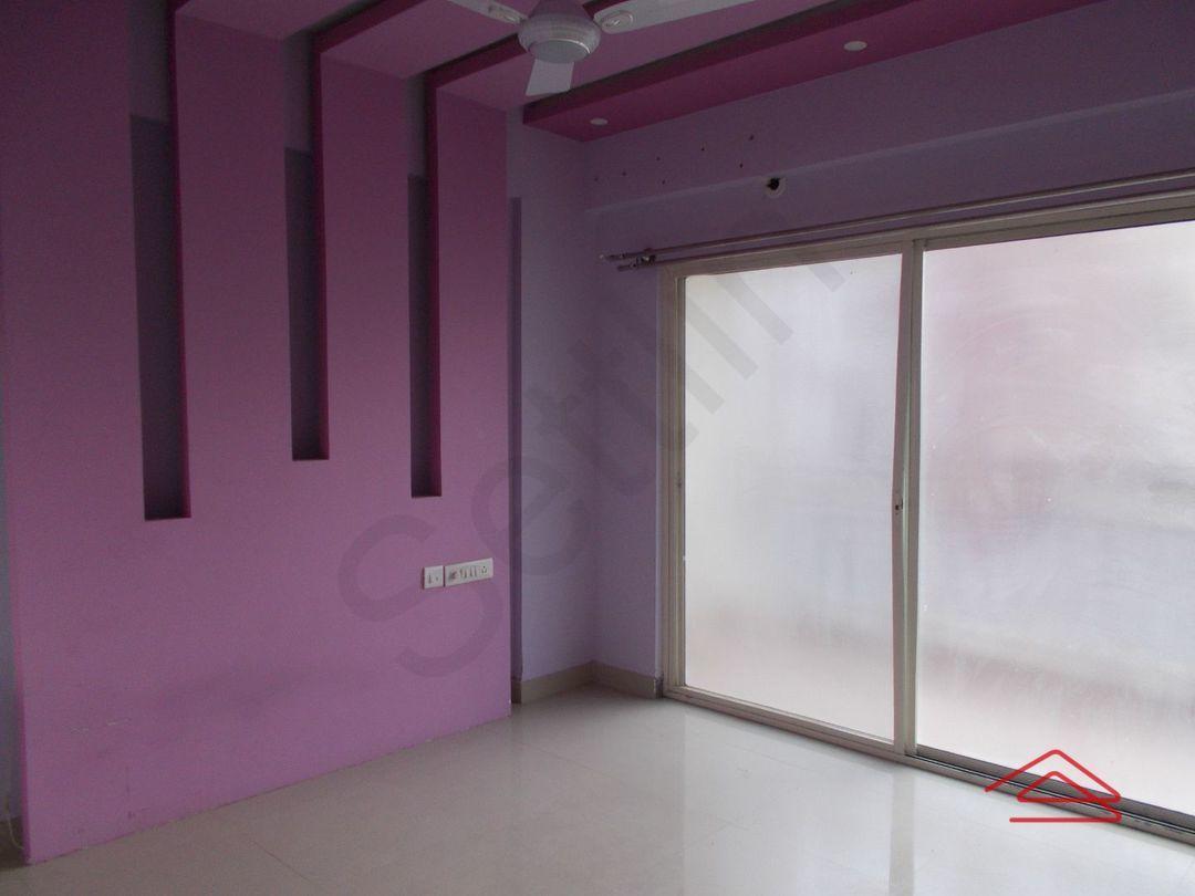 13M3U00104: Bedroom 1