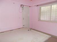 13M3U00104: Bedroom 2