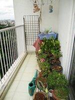 15J7U00052: Balcony 1