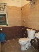 15J7U00052: Bathroom 2