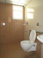 15M3U00214: Bathroom 1