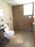 15M3U00214: Bathroom 3