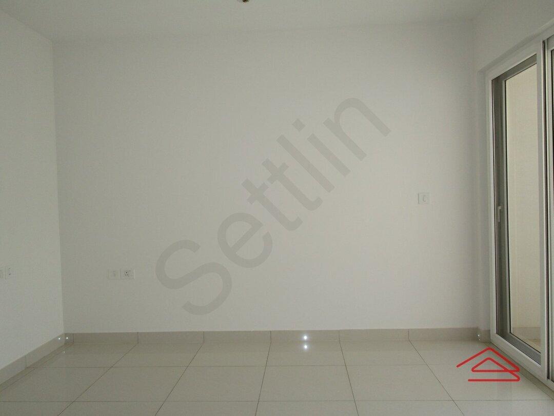 15M3U00214: Bedroom 1