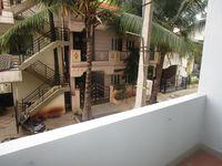 13J7U00199: Balcony 1