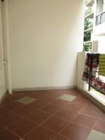 11J6U00229: Balcony 2