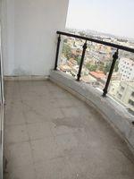 13A4U00329: Balcony 1
