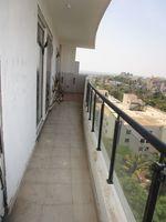 13A4U00329: Balcony 2