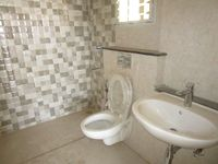 13A4U00329: Bathroom 3