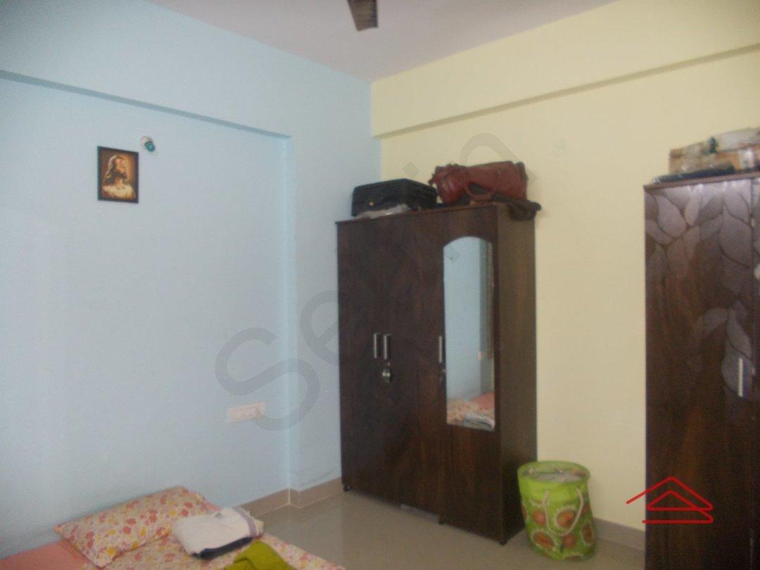 13OAU00209: Bedroom 1