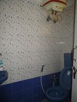 10M3U00046: Bathroom 3