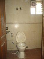 11DCU00007: Bathroom 1