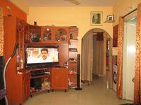 11NBU00132: Hall