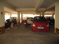 11NBU00132: parking