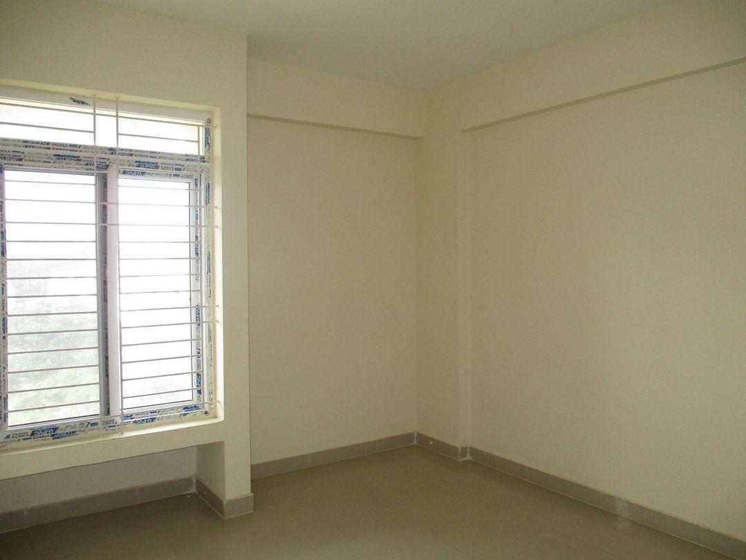 10S900078: Bedroom 1