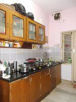 13J6U00183: Kitchen 1