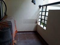 11J6U00358: Balcony 1