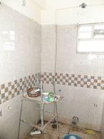 12S9U00099: Bathroom 2
