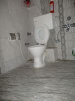 10J6U00190: Bathroom 1