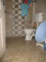 10J6U00190: Bathroom 2