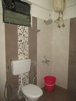 13A4U00069: Bathroom 1