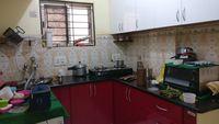 12J1U00003: Kitchen 1
