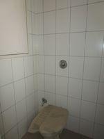 13M3U00026: Bathroom 4