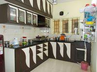 13J6U00069: Kitchen 1
