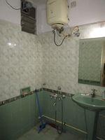 13M3U00007: Bathroom 1