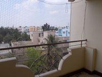 13A4U00033: Balcony 1