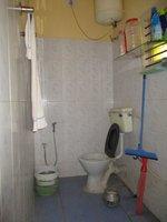 14M3U00099: bathrooms 2