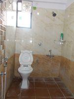 13A8U00033: Bathroom 2