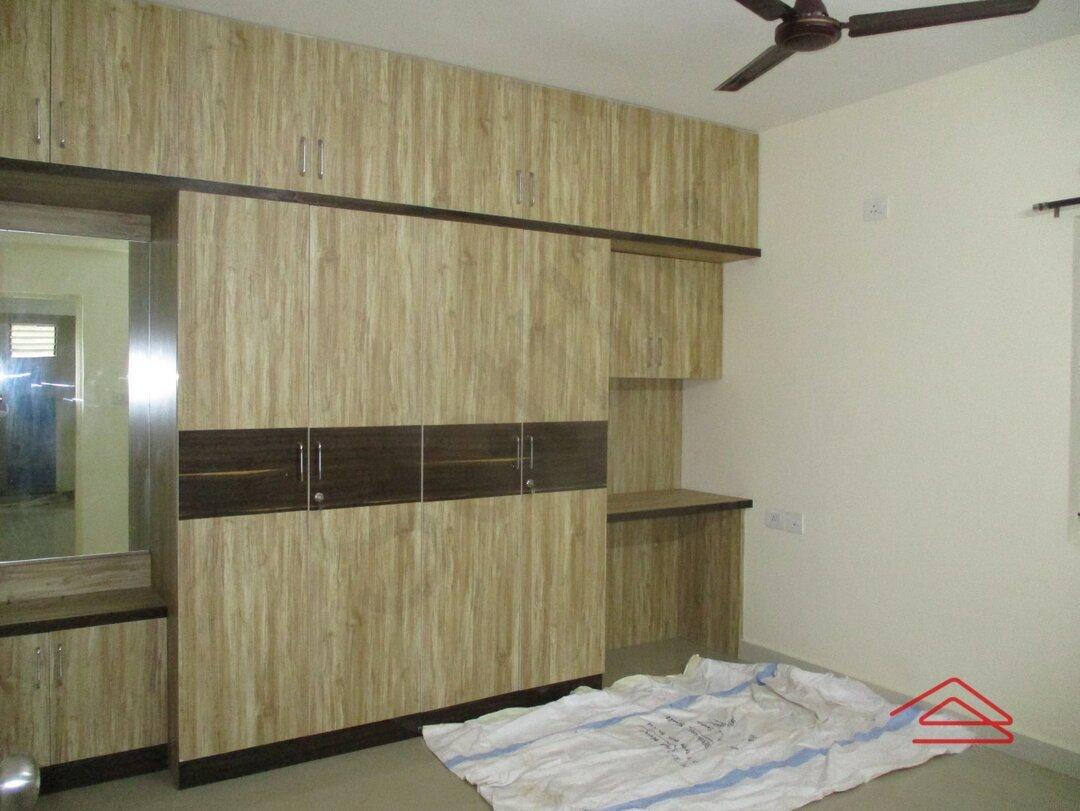 15J1U00004: Bedroom 1