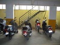 15J1U00004: parkings