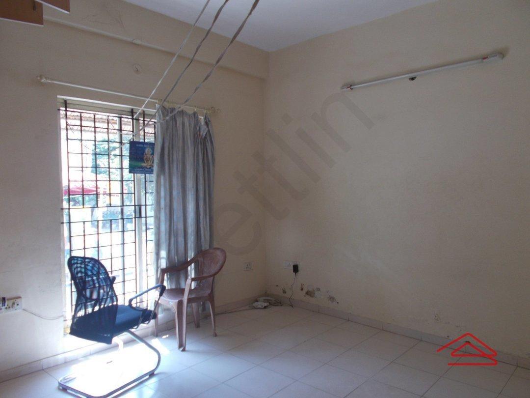 13OAU00302: Bedroom 1