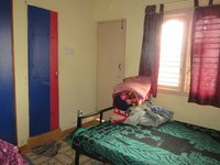 13S9U00046: bedrooms 2