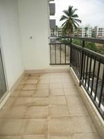 11J6U00132: Balcony 1