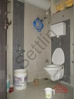 11F2U00310: Bathroom 2