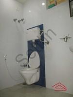 11F2U00310: Bathroom 1