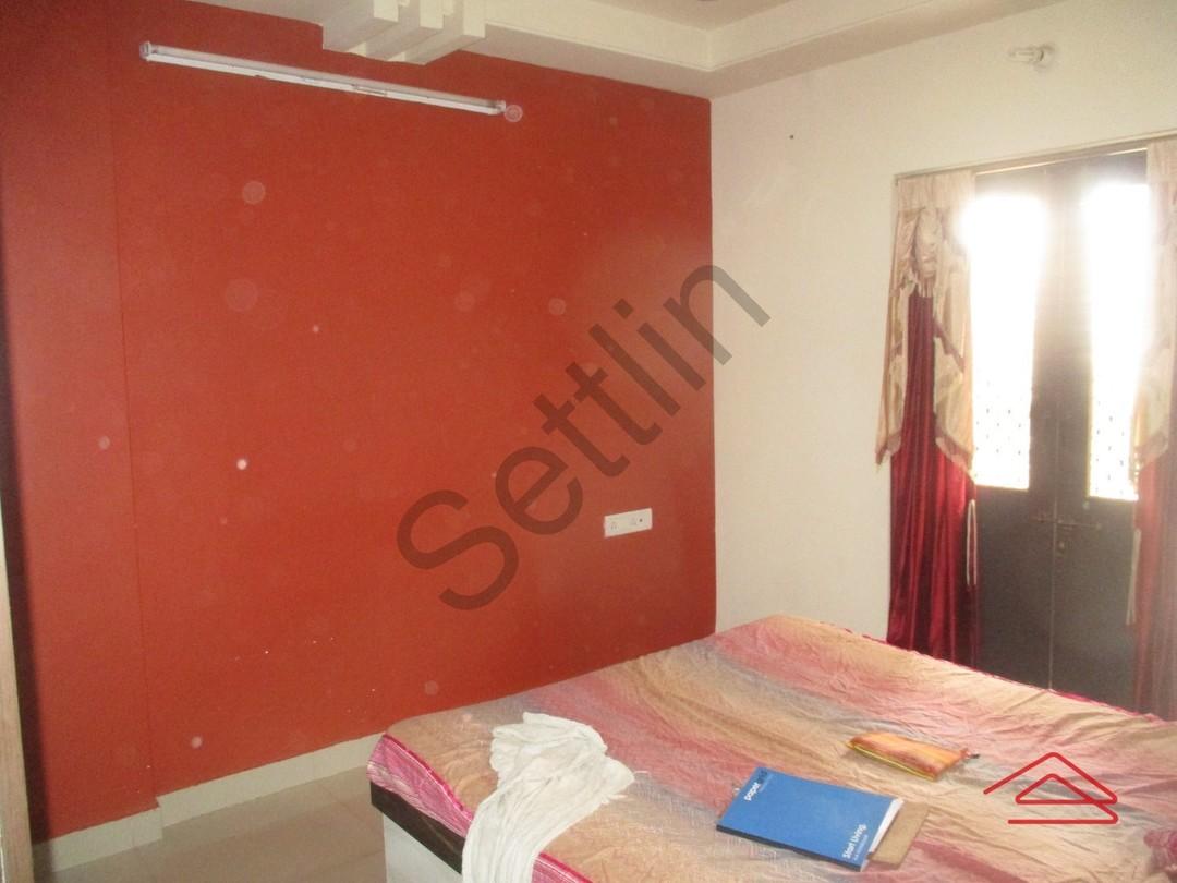 11F2U00310: Bedroom 1
