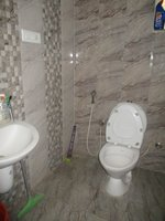14J1U00446: Bathroom 1