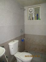 13NBU00342: Bathroom 2