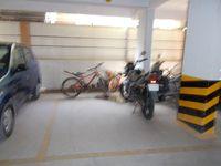 13F2U00010: parking 1