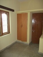 Sub Unit 15OAU00052: bedrooms 1