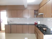 13M3U00396: Kitchen 1