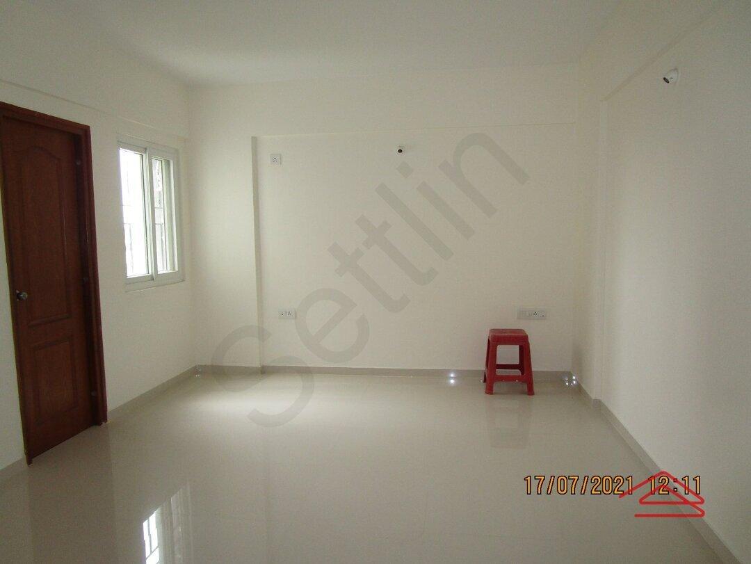 15J6U00011: Bedroom 1