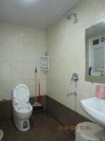 15A8U00030: Bathroom 2