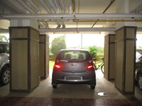 15J7U00505: parkings 2
