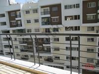 10NBU00450: Balcony 2