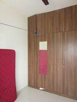 13M5U00370: Bedroom 2