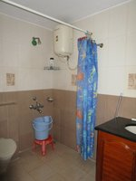 14A4U01048: Bathroom 2